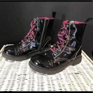 Super cute girls boots